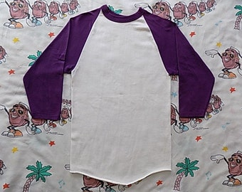 Vintage 80's blank Russell Athletic 3/4 sleeved Baseball T shirt, size S/XS soft and thin purple sleeves raglan