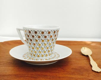 "Rare vintage Arabia Finland gilded porcelain coffee cup with saucer named"" Mekka"" Esteri Tomula, 1960s, Made in Finland"