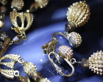 Vintage 60's Crown Trifari Goldtone Necklace