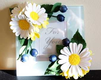Photo Frame,Flowers made of Polymer Clay,Handmade Gift,Home Decor