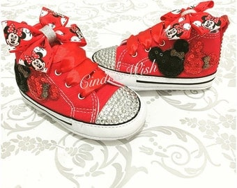 Baby Minnie Mouse Converse / Customised converse / baby converse / bling toe converse / crib converse