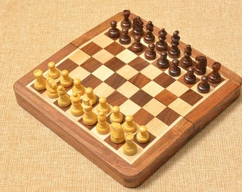 Indian Traveling folding Magnetic Chess Set 7 x 7 inches from India. SKU: D0103