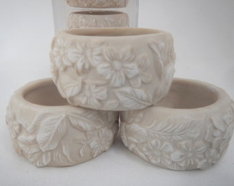 7 Vintage Napkin Rings  Off White