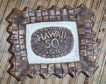 Vintage Treasure Craft Hawaii Souvenir Dish Ashtray - Vintage 1960's - '70's Hawaii 50th State Hawaiian Souvenir Dish Trinket Jewelry Bowl