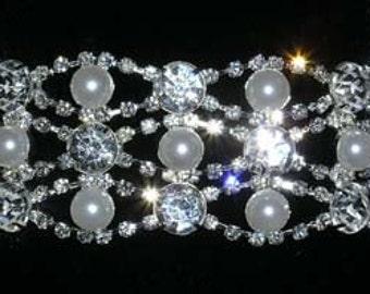 Style # 14678 - Pearl and Rhinestone Weave Bracelet