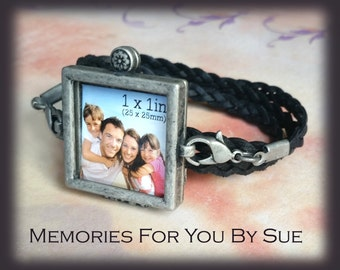 Black Leather Locket Bracelet-Photo Gifts-Personalized Locket-Mens Leather Glass Locket-Custom Photo Bracelet-In Memory of-Photo Gifts