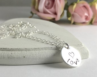 Dainty Love Necklace, Valentines Day Gift, Small Heart Necklace, Heart pendant, Valentines Day, Dainty Love Jewellery