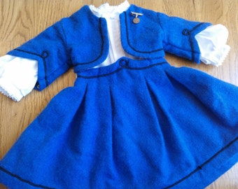 American Girl Pleasant Company Addy's School Suit and Blouse with Spelling Bee Medal ... 1st Version...Excellent Vintage Condition...Retired