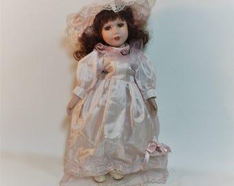 """Vintage Dan Dee Collectors Choice Porcelain Doll 14"""""""