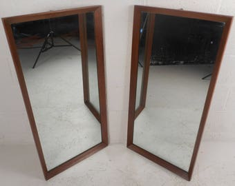 Mid-Century Modern Walnut Mirror (5581)NJ