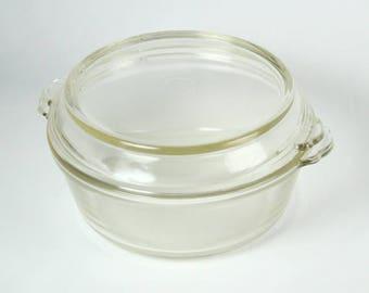 Vintage Pyrex 023-623-B 1 1/2 qt. Casserole with Lid