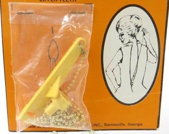 Vintage Bak-Zip, Zipper Pull, Zipper Aid, Zipper Helper