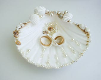 Seashell ring holder, Wedding Ring Holder, Sea shell Ring Bearer, Sea Wedding, Ring Bearer Beach Wedding Sea Shell Ring Pillow White wedding