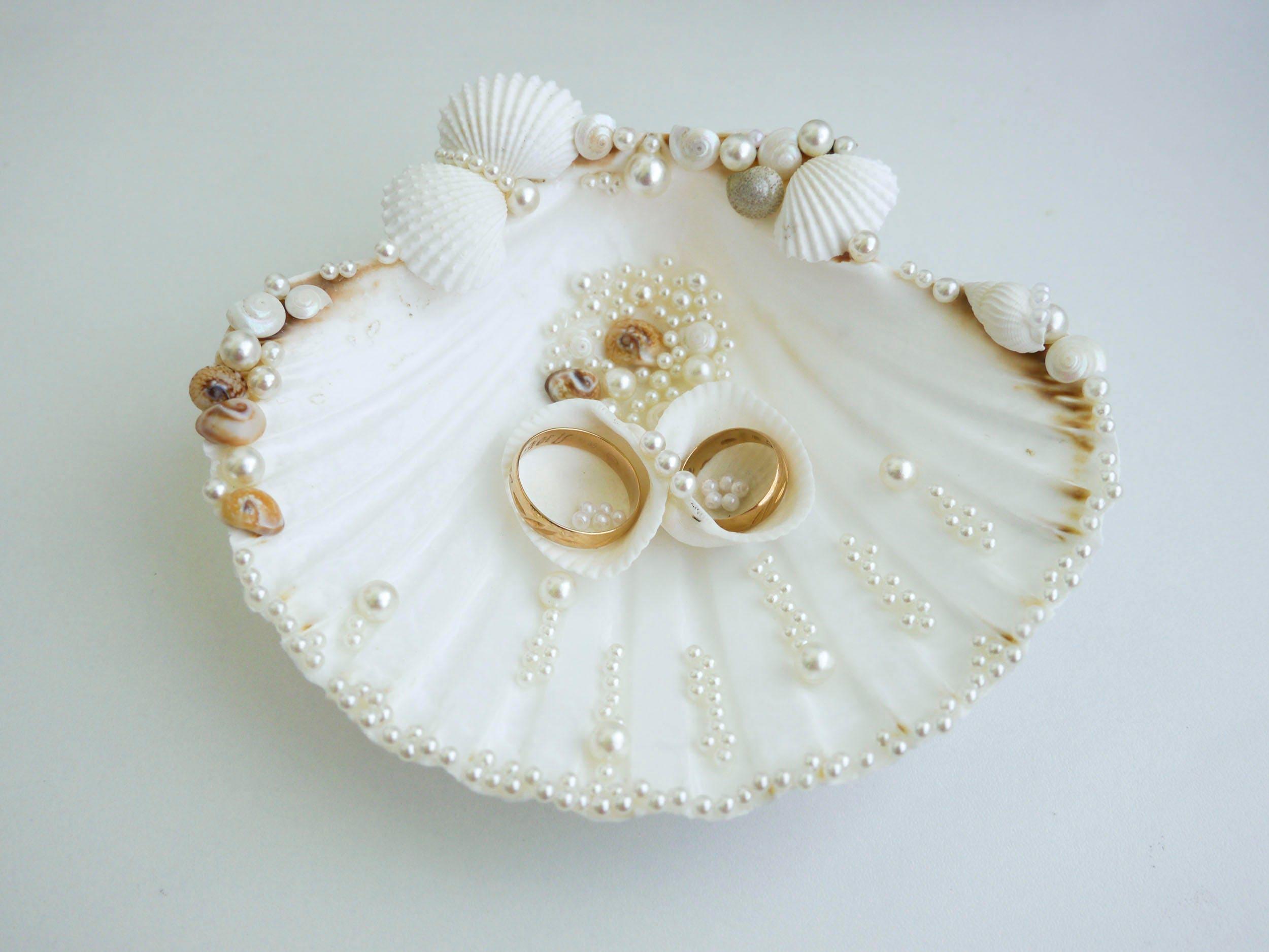 Seashell ring holder Wedding Ring Holder Sea shell Ring