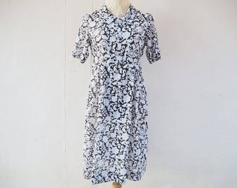 1980s vintage black and white collar dress /  midi dress/ short sleeves dress/ summer dress size small