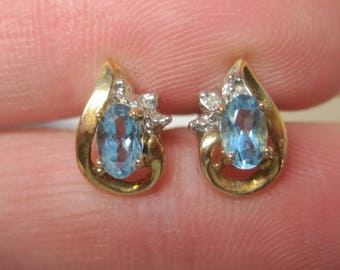 Dainty Vintage 10K Blue Topaz Stud Earrings