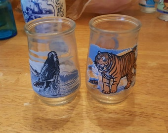 Welches set of 2 endangered species jelly jar glasses - jelly jar glasses - vintage glassware - jam jars - tiger glass - whale glass