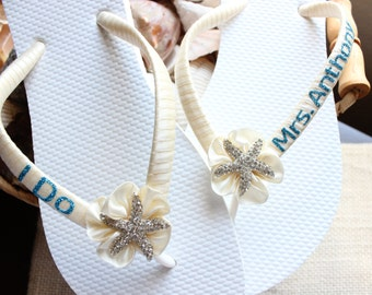 MRS Last Name Bridal flip flops, I DO Ivory Wedding flip flops, Wedding Sandals, Blue Off white Bridal Beach Wedding shoes, Bridal sandals