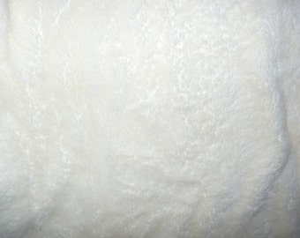 Fabric - Deep pile plush cuddle fleece - ivory
