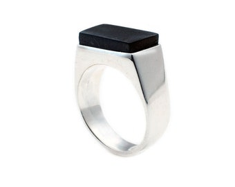 Sterling silver ring with cabochon in ebony wood
