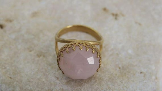 VALENTINES GIFT Rose Quartz Ring Crown Ring Gold Big Stone