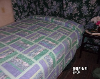 """CoolBreeze Queen/King  91"""" x 101"""" cotton in cool colors of green, blue, violet"""