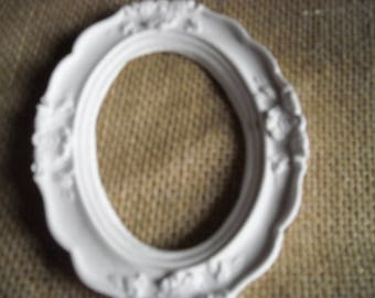 Decorative frame made in plaster (bonbonniere-place card) shabby