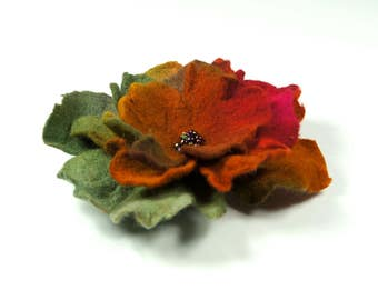 Flower brooch, felted brooch, felted flower, Feltmondo