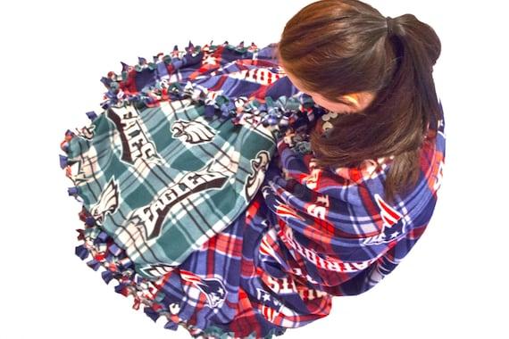 Double layered no sew fleece blanket, Reversible fleece blanket, No sew NFL blanket, 2-in-1 fleece blanket, weighted blanket, hybrid fleece