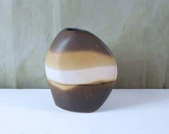 Signed Modernist Organic Vase With Desert Sand Gradated Glaze
