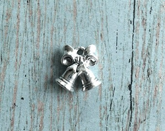 Bells charm 3D silver plated pewter (1 piece) - silver bells pendant, wedding bells charm, holiday charms, Christmas bells charm, FF12