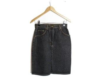 Denim skirt, Black jeans skirt, High waist skirt, Dark Jeans skirt, High waisted skirt, Vintage skirt, Mini skirt, Mini denim skirt / Medium