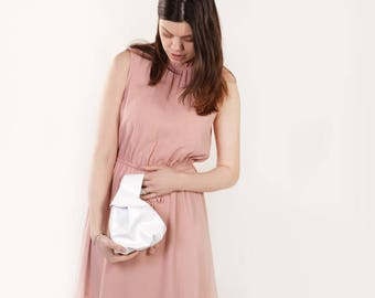 """Japanese Knot Bag """"Bonny Milk"""", Leather Wristlet Clutch, Simple White Knot Bag, Small Wristlet Wallet, Small White Leather Purse"""