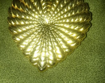 Basket Weave Heart Shaped Brooch