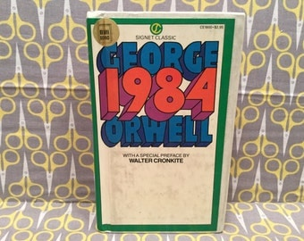 1984 by George Orwell Paperback Book Science Fiction Dystopian Fantasy Signet Classic Vintage