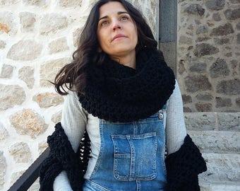 Infinity Chunky scarf/Black scarf/ Cozy scarf/Crochet scarf/Bulky scarf