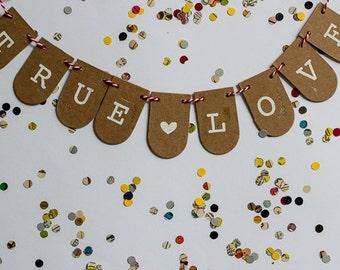 True Love Mini Cardboard banner