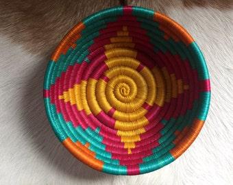 Colorful Geometric Straw Bowl
