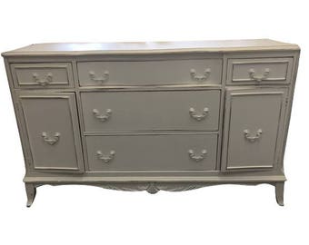 White Distressed Shabby Chic Buffet/Credenza/Entry Table/Kitchen Island/Accent Table/Entertainment Console/Dresser
