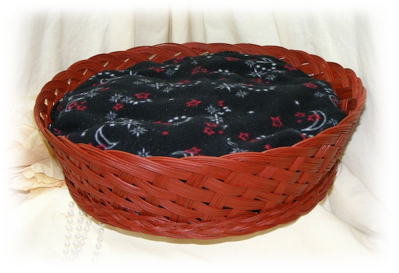 Beautiful Hand Crafted PET BED . .  Rust Colored Wicker