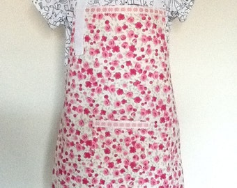 Childs full apron/cover up
