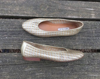 Shoes - Size 8.5 Gold Silver Leather Woven Slip Ons Nicole Womens 8 1/2