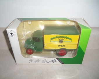 John Deere Truck Bank #103 Ertl Nib - Vintage Farm Toy - 1/38 scale