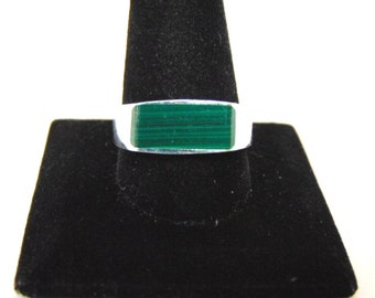 Mens Sterling Silver Ring w/ Malachite 8.0g E900