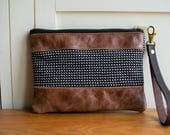 Leather bag, leather clutch bag,  Leather purse, leather grab bag, leather wristlet
