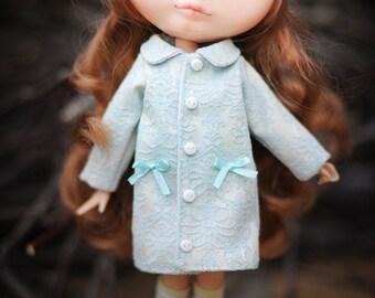 Blythe  blue coat by BlablaBlythe