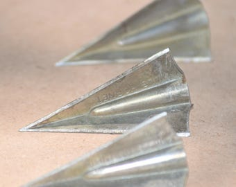 Vintage Broadheads, arrowheads, Hills Hornet hunting tips for arrows