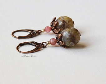 Short earrings pink and cream with copper cup