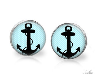 2 anchor studs
