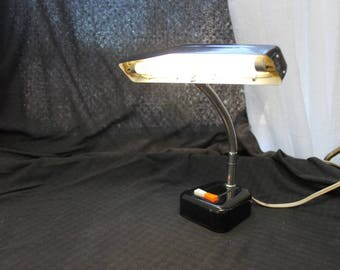 Vintage Black Metal /Desk Lamp / Task Light
